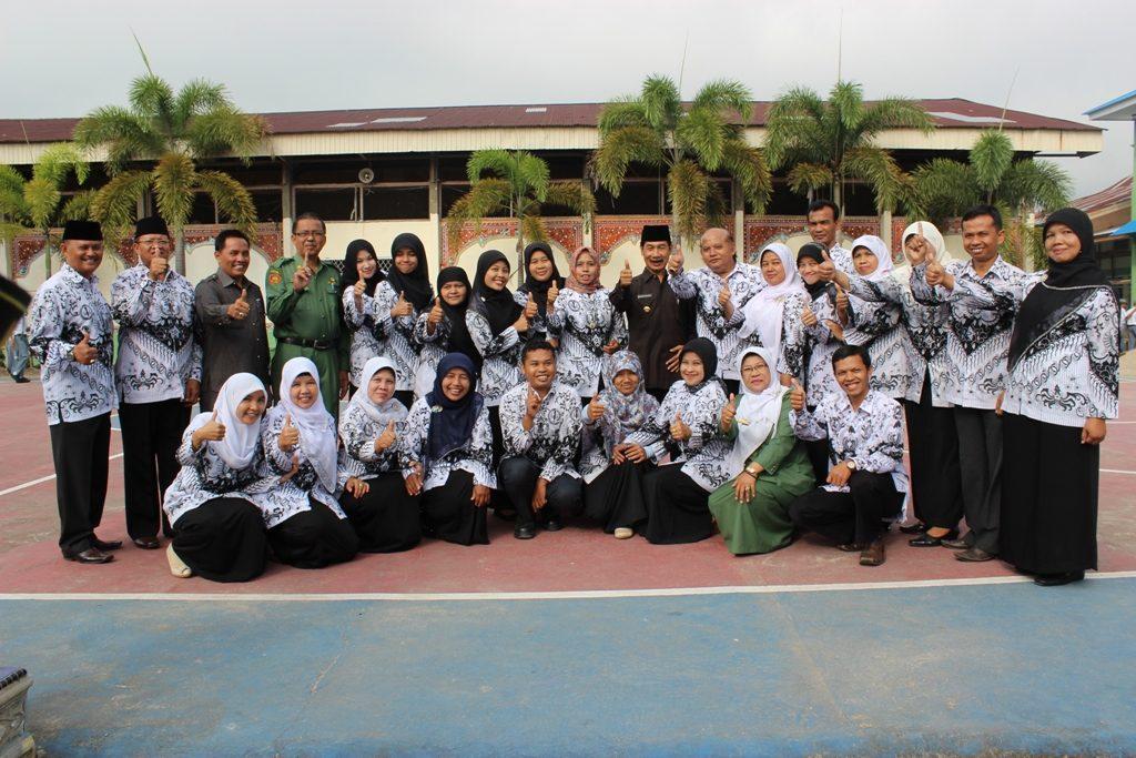Dewan Guru SMAN 1 Solok Selatan